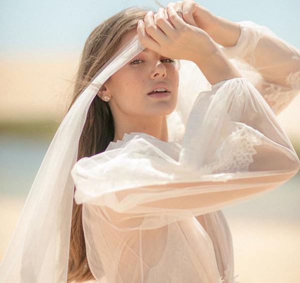 ENSAIO PRÉ WEDDING - CAMILA QUEIROS E KLEBER TOLEDO