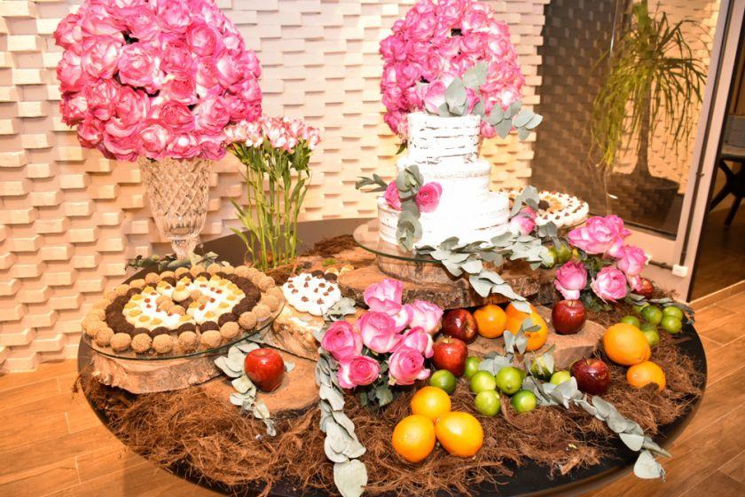 Bolos e doces especiais para casamento