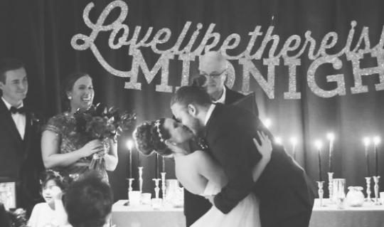 Casamento na noite de Réveillon