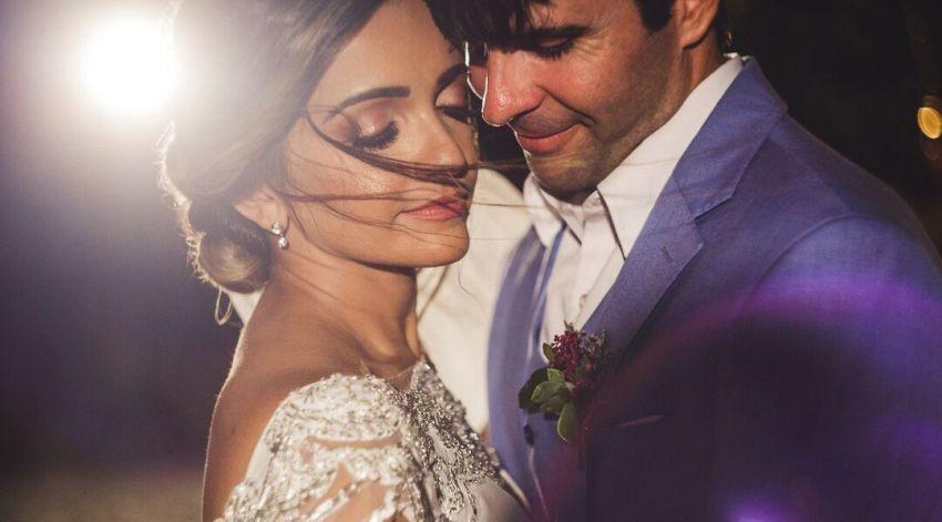 Casamento na praia de Alyne Salgueiro e Leonardo Bezerra