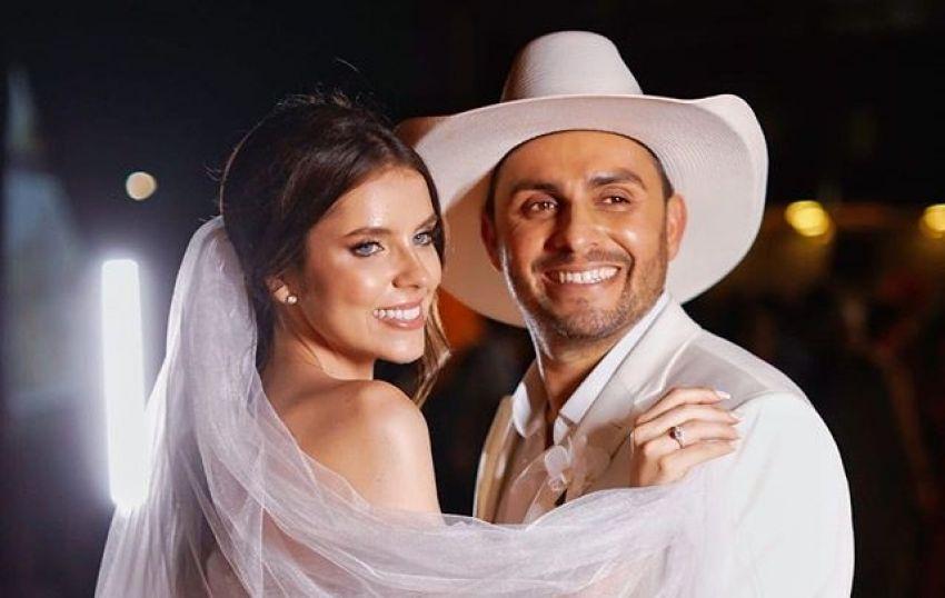 Casamento do cantor Mano Walter e Miss Santa Catarina Débora silva