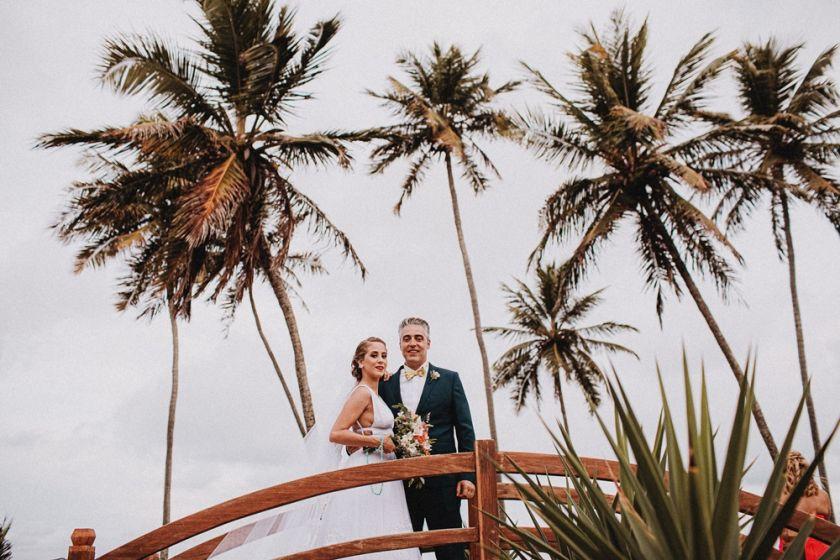 Casamento na praia em João Pessoa: Rafa e Lolo