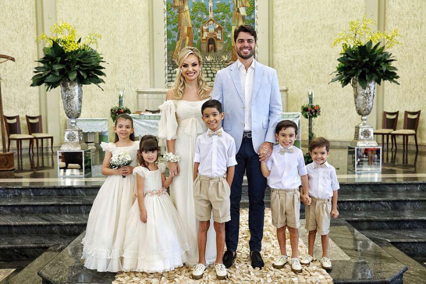 Casamento religioso da blogueira Layla Monteiro e William