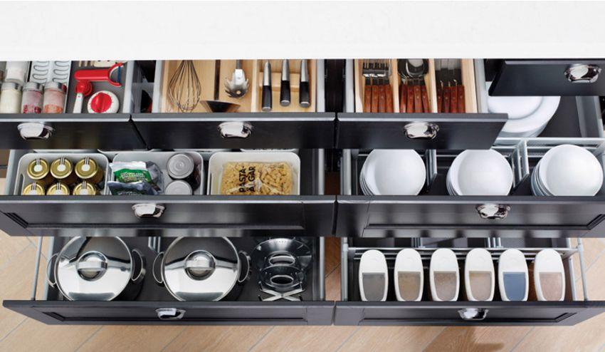 Cozinha: gavetas organizadas