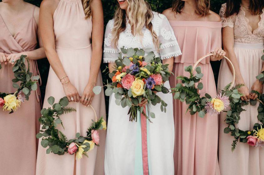 Hoop Bouquet na decoração de casamento