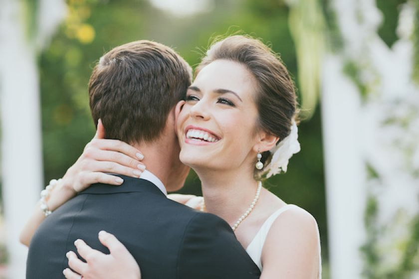 Sorriso da noiva: tudo sobre lentes de contato odontológicas