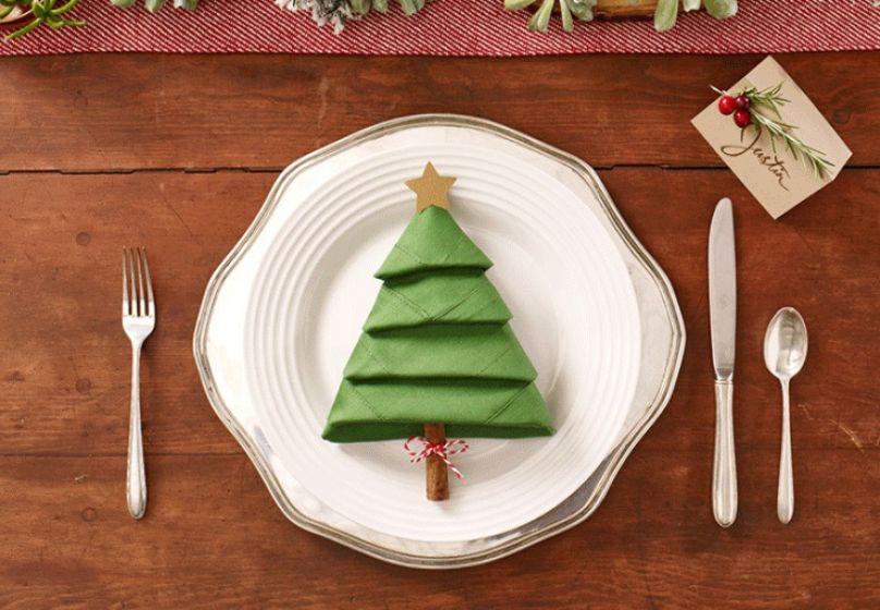 Guardanapo em formato de árvore de Natal