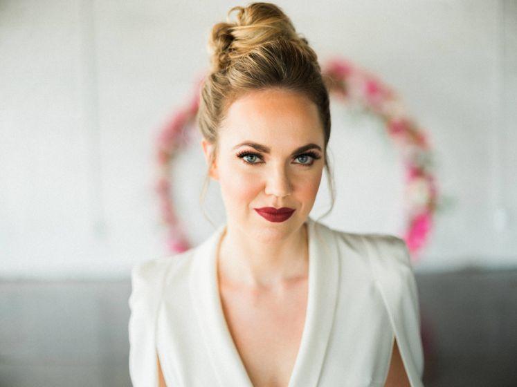 Noiva pode usar batom vermelho?