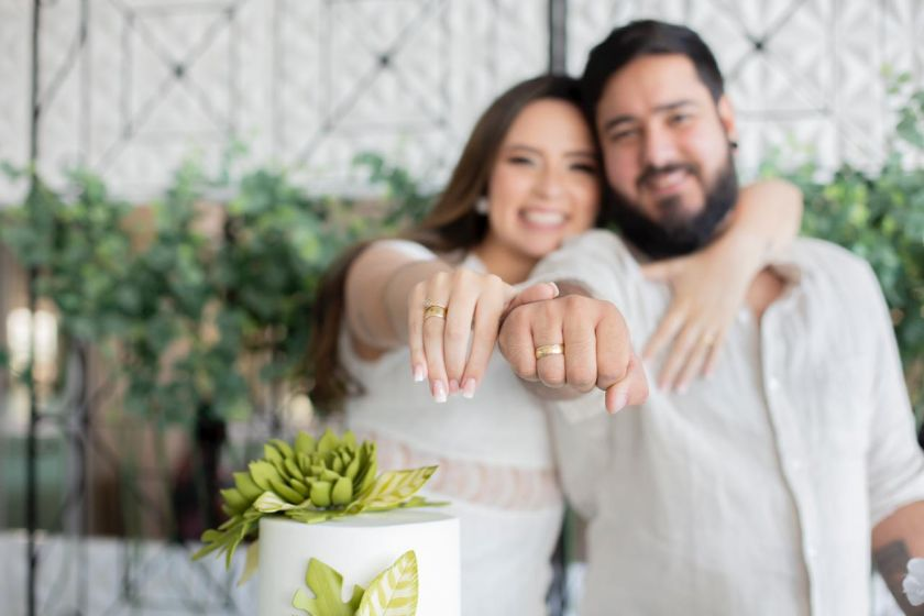 Noivado: Camila Farias e Lucas Bronzeado